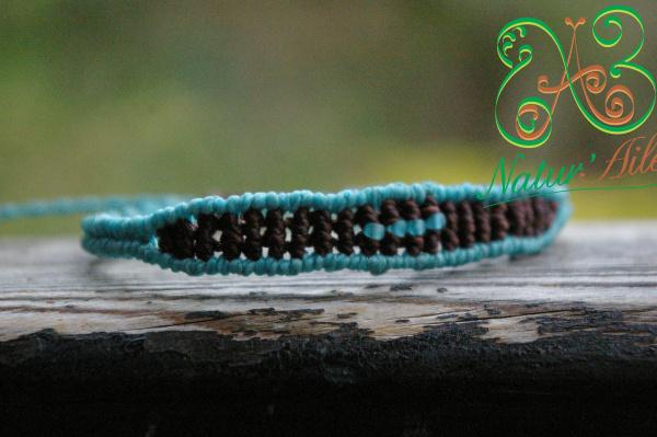Bracelet centre plein marron et bleu perles bleu.