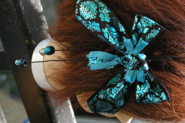Natte Maïta noeud turquoise et noir
