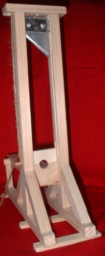 Maquette de guillotine