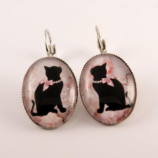 Boucle d'oreille chat : chat noir et son collier de perles