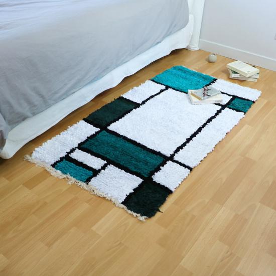 Tapis de chambre en tissus upcyclés - Piet (145x75)
