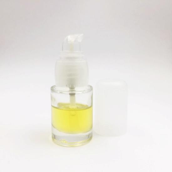 Flacon pompe cosmétique